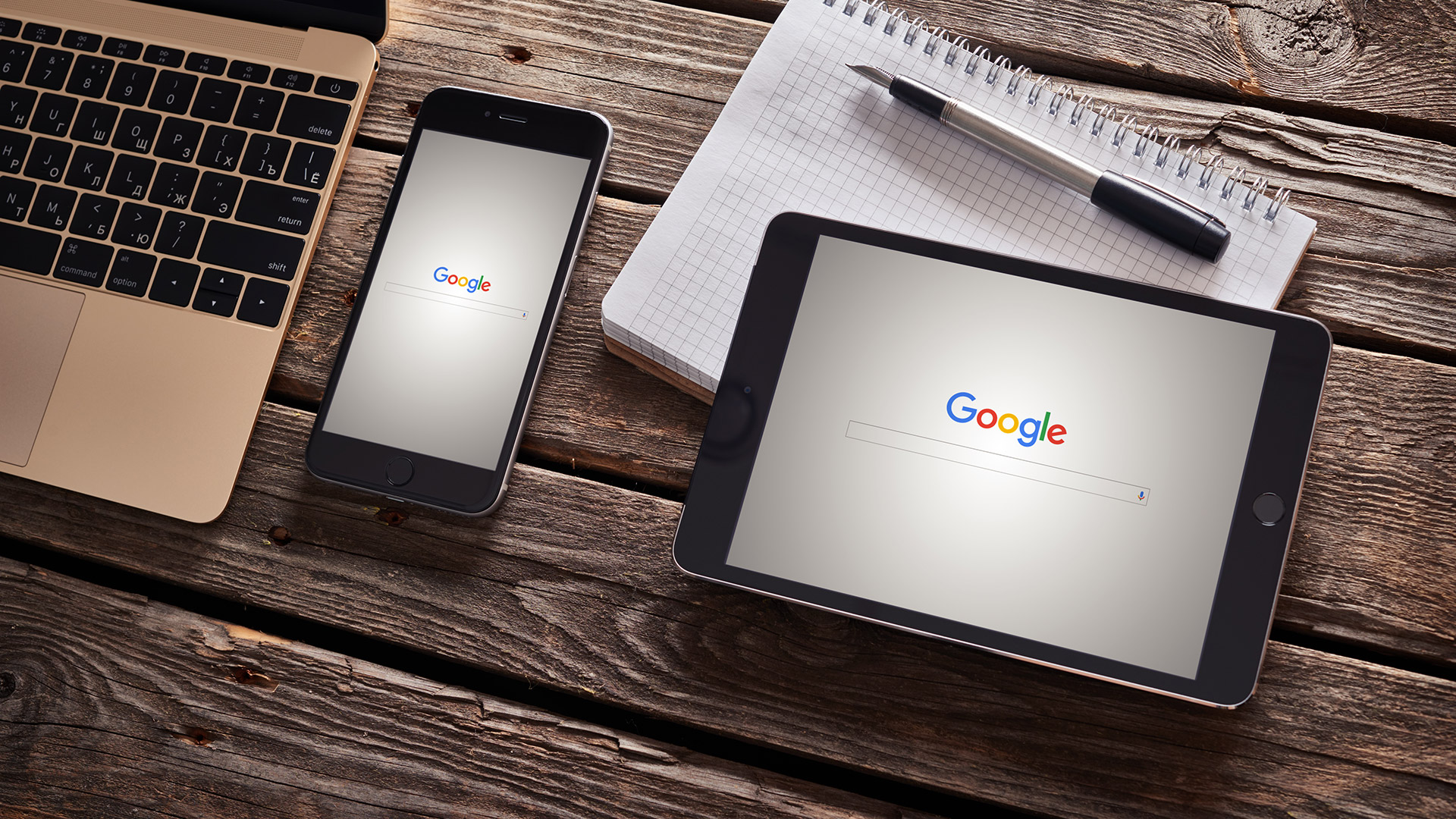 Chú ý: Gần 60% các tìm kiếm hiện nay là trên các thiết bị di động