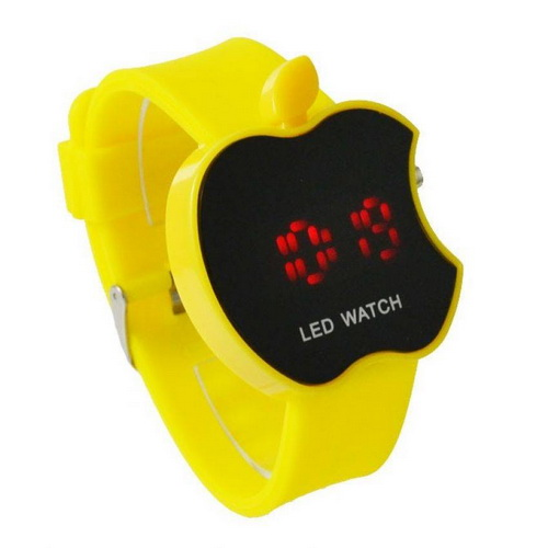 "Đồng hồ ""Apple iWatch"" bất ngờ lên kệ Facebook"