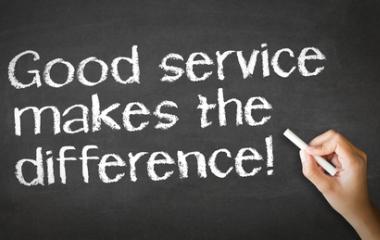 Những kỹ năng thiết yếu trong dịch vụ khách hàng: dịch vụ khách hàng là gì?