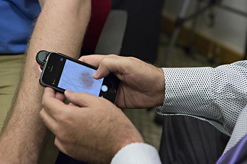 Phần mềm điện thoại giúp phát hiện ung thư da